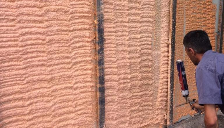 Напыляемый утеплитель в баллонах полинор